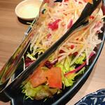 九州料理×もつ鍋 九州小町 - シャキシャキ大根の柚子サラダ