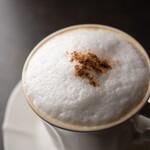 ROASTERY CAFE GARASHA RORO - カプチーノ