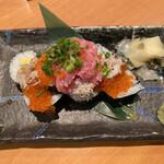 寿司・居酒屋 海福 - こぼれ寿司 ¥980