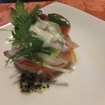 14315467 - ランチの前菜は,スモークサーモンのサンドイッチ。
