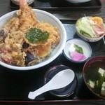 山下天丼 - 料理写真:ぜいたく天丼