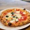 イル ピッツァイオーロ - 料理写真:ハーフ&ハーフのピッツァ