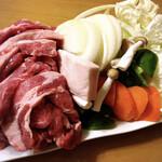 まるみ ドライブイン - 野菜は自宅で準備しましたが、お店でも注文出来ます。