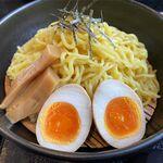 らーめん恵岳房 - 麺と具材のアップ