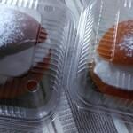 ケァンベル - 料理写真:ブリオッシュに生クリームサンド。名前は忘れた(笑) 200円!