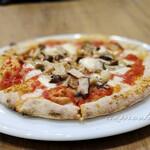 アッカペッラ - ランチセットBのピザ