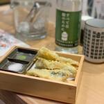 鮨・酒・肴 杉玉 - いわし天婦羅