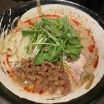 麺処 担熊 - 坦々麺白¥900(税込)