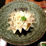 143231603 - 豚肉豆腐 饂飩入り