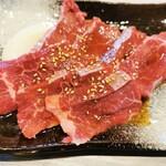 焼肉炎 - 料理写真:カルビ