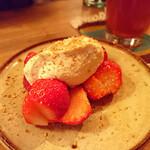 NIVAL - 苺のリコッタチーズ白和え