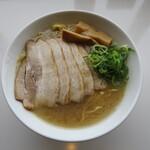 濃厚つけ麺・ラーメン 八重桜 - 肉増し特濃中華そば 塩 麺大盛