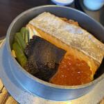 旬のお料理・釜飯 いちえ - 厚切り鮭と