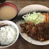 Kicchinguran - 料理写真:メンチカツ しょうが焼き盛り合わせ 半ライスで800円