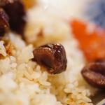 """洋食屋 - """"燉牛肉栗飯(うしにくにこみくりめし)""""、糖炒栗子(あまぐり)"""