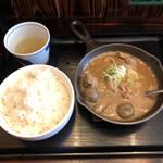 いかり食堂 - もつ煮込み定食