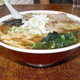双葉食堂 - 料理写真:中華そば 650円、大盛り(1.5玉) 100円