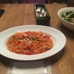 Marunouchi cafe - * エビとリコッタチーズのトマトソースパスタ 1,100円