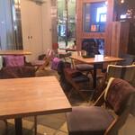 Marunouchi cafe - 内観