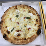 宝塚 ソロマルゲリータ - チーズ好きにはたまらない6種のチーズにドライトマトやイタリア産の蜂蜜をトッピング!一番好きかも♡