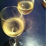 14327933 - グラスワインは480円から♪