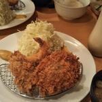 Ponchiken - ミックスフライ定食