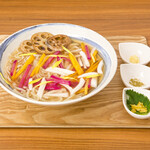 麺キュイジーヌ 麻布邸 - 冬野菜と根菜のヴィーガンあんかけうどん