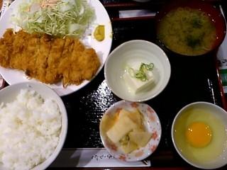 月のうさぎ 四ツ谷駅前店 - チキンカツ定食 2012/05