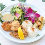 Kaila Cafe & Terrace Dining - モチコチキンプレート