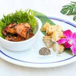 Kaila Cafe & Terrace Dining - フリフリチキン&ハーブローストポテト