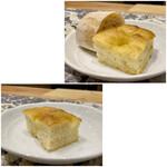 クリマ ディ トスカーナ - 上:フォカッチャとチャバッタ 下:フォカッチャ追加 パンがとても美味しく焼けています♪