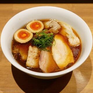 らぁ麺や 嶋 - 料理写真:☆【らぁ麺や 嶋】さん…特製醤油らぁ麺(≧▽≦)/~?☆