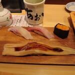 寿司あおい - かんぱち、真鯛、上うに軍艦、穴子一本