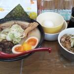 めんきち - 味噌スペシャルと肉めし