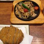やさい家めい - 豚生姜焼き(1380円)と鶏メンチカツ(1490円)