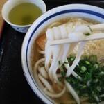 ジャンボうどん - 気持ち太めな麺