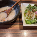 肉匠 いやさか - サラダ、スープ