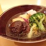 手打ちそば 石月 - 野菜の含み煮 ¥728