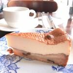 Little chef - ラムレーズンのチーズケーキとコーヒー