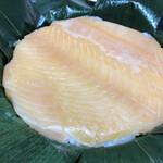 ファミリーマート - 料理写真:鱒のすし 富山名産 竹勘