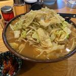 味の八珍亭 - 特製みそラーメン(¥820)+超特盛(2玉)(¥200)