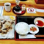 日本料理みうら - この量!お盆にはまらないのです(笑)