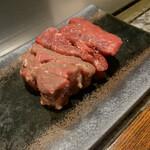 鉄板焼き 表参道 - 黒毛和牛のもも肉