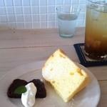 カフェ フォコリ - ドリンク、デザートセット +200円