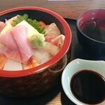 ゆば膳 - 料理写真:海鮮ちらし寿司お吸い物セット 上