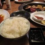焼肉三国一 - 料理写真: