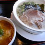 イベリコラーメン 小倉優子 - 背脂醤油ラーメン