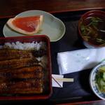 丁子屋 - うな重(2切れ)