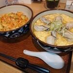 蕎麦 二天 - 料理写真:かけ牡蠣卵どじ(黒) 1,350円、大判かきあげ丼 500円(税込)