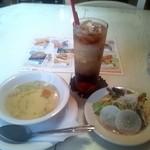 14341518 - ランチアイスコーヒー☆200円&Aランチにセットされるサラダとスープ(2012/7)